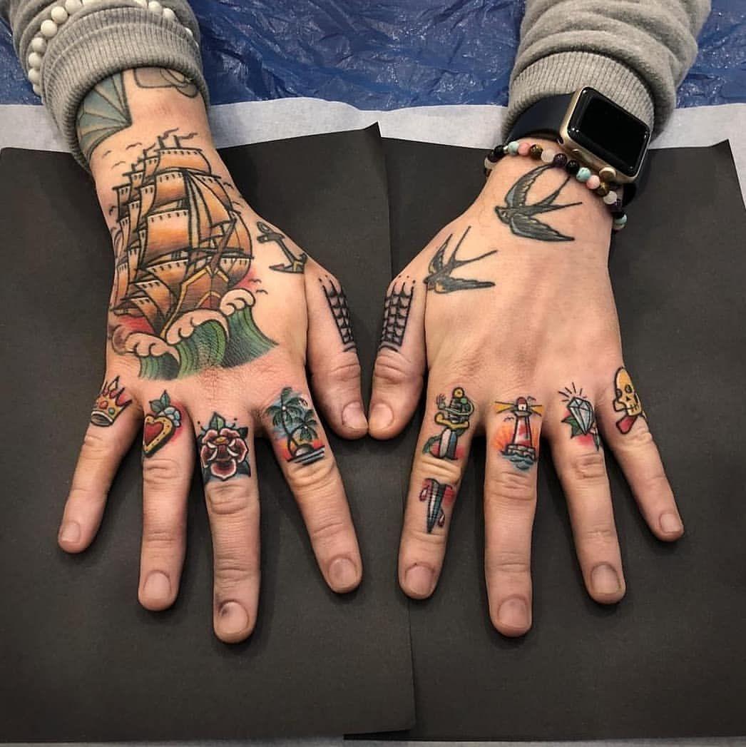 Old School Tattoos En Instagram 𝕬𝖗𝖙𝖎𝖘𝖙 𝖘𝖕𝖔𝖙𝖑𝖎𝖌𝖍𝖙 Johanankarfyrtattoo 𝕱 In 2020 Traditional Hand Tattoo Hand Tattoos For Guys Hand Tattoos