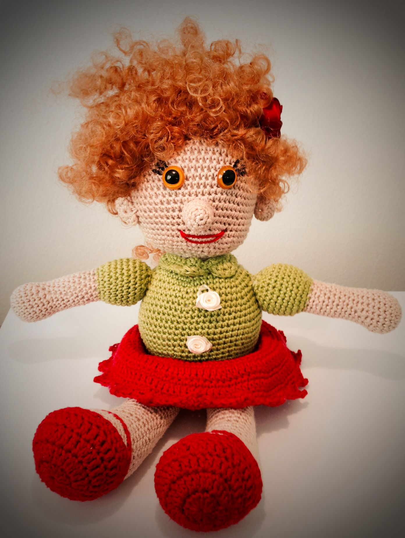 Liselotte - crochet doll