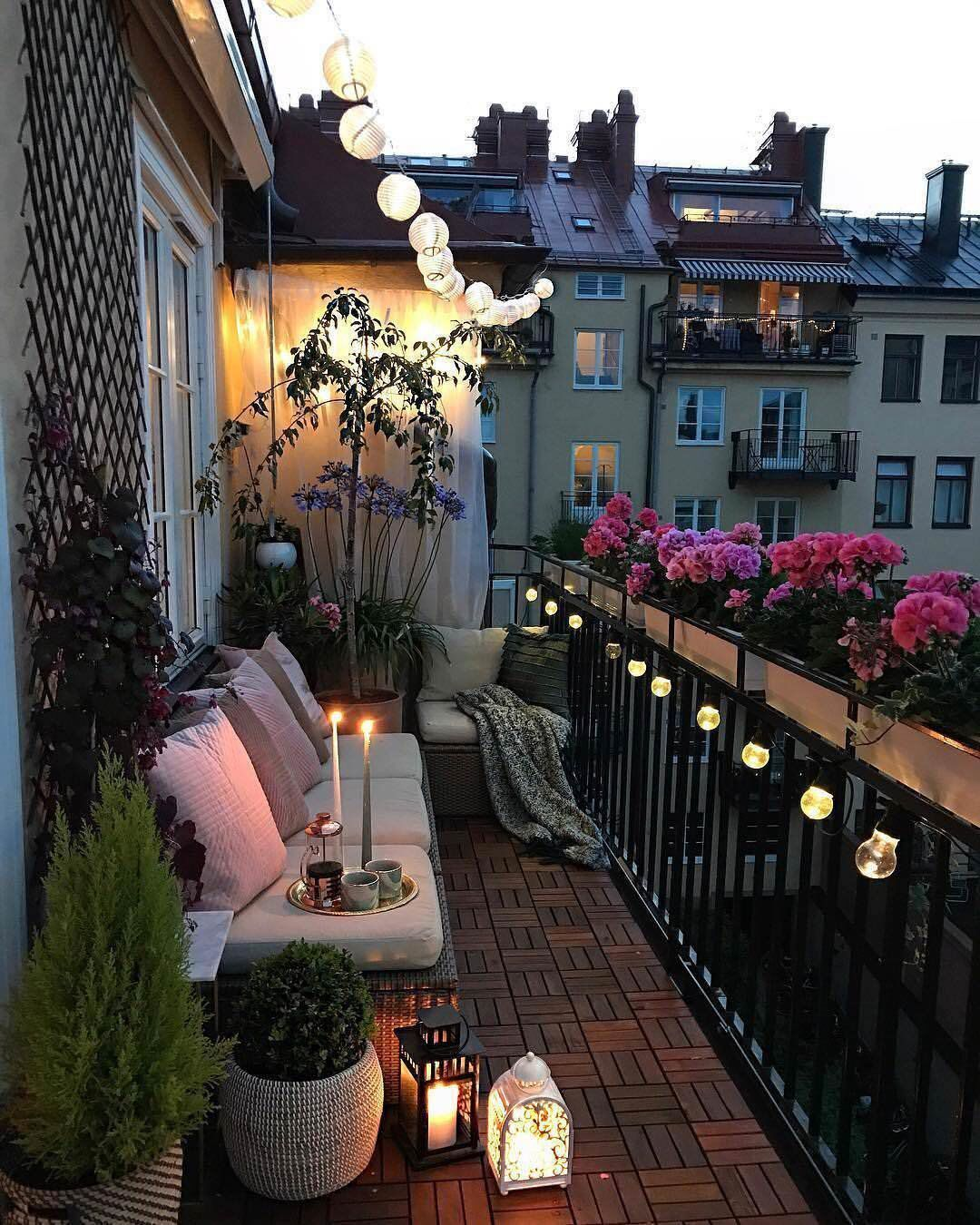 Get inspired with these exterior design ideas! #balcony
