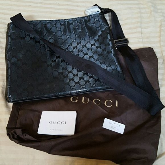 4dcc51aed7b Authentic GUCCI Diamante Leather Messenger Bag Brand New  Never Used. Made  and bought in Italy. Approximately 11.5