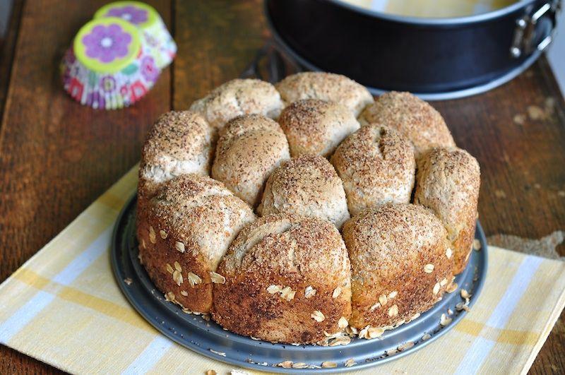 Oat bread dinner rolls   bitterbaker.com   Dinner rolls ...