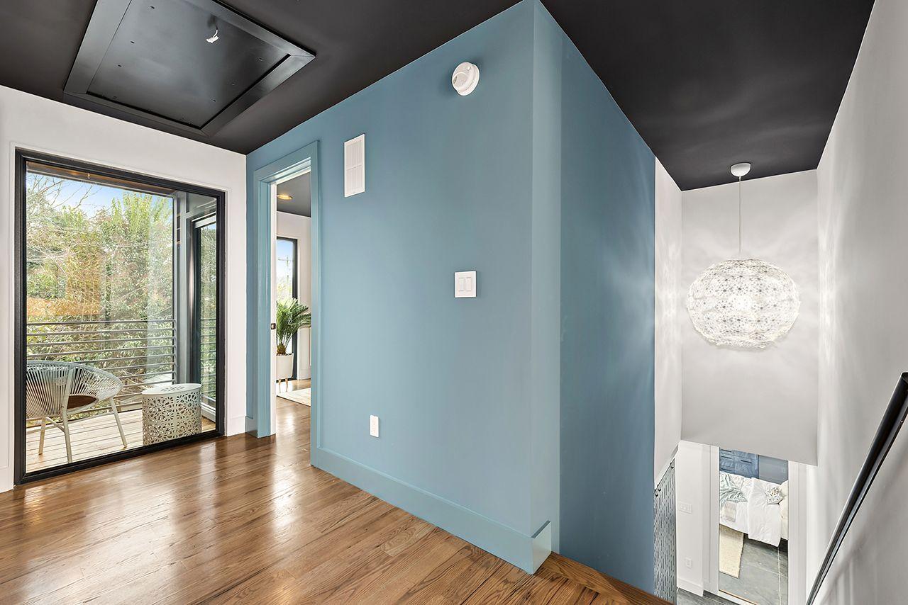 Contemporary Interior Design Portfolio Of Interior Design Interior Design Websites Best School For Interior Design Pro In 2020 Small Modern Home Modern House Home