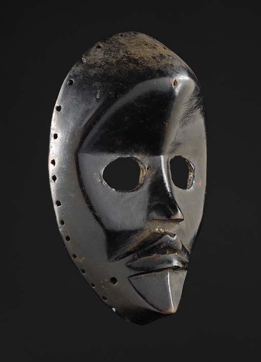 Dan Gunyege Mask, Ivory Coast http://www.imodara.com/post/90376982394/ivory-coast-dan-gunyege-racing-mask