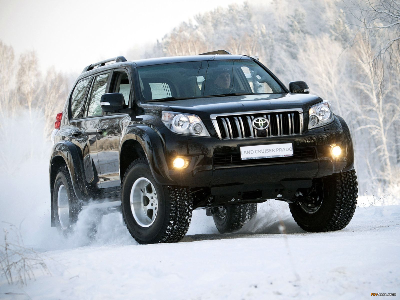 Arctic trucksing it right cars trucks mud and ice arctic trucks toyota land cruiser prado 2010 photos x sciox Choice Image
