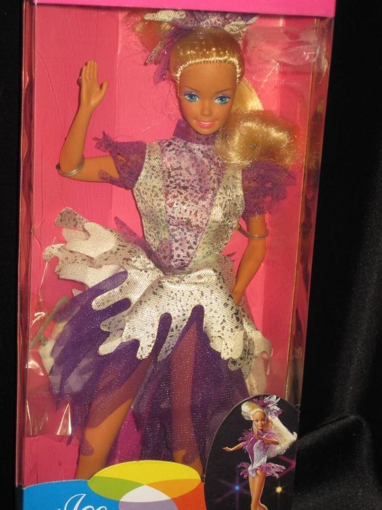 1990 ICE CAPADES BARBIE Doll Mattel Mint in Good Box #9847