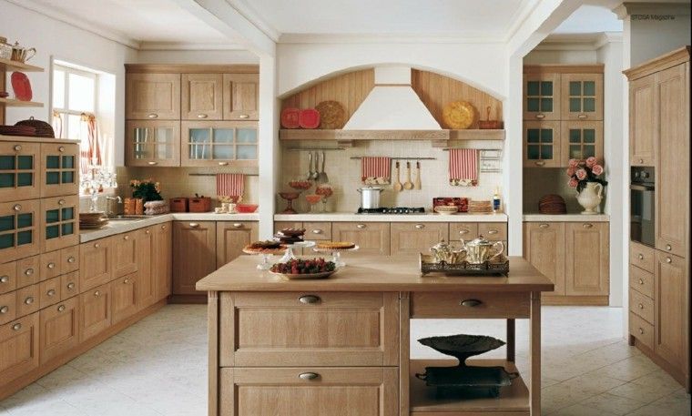isla de madera natural en la cocina clásica moderna Cocinas