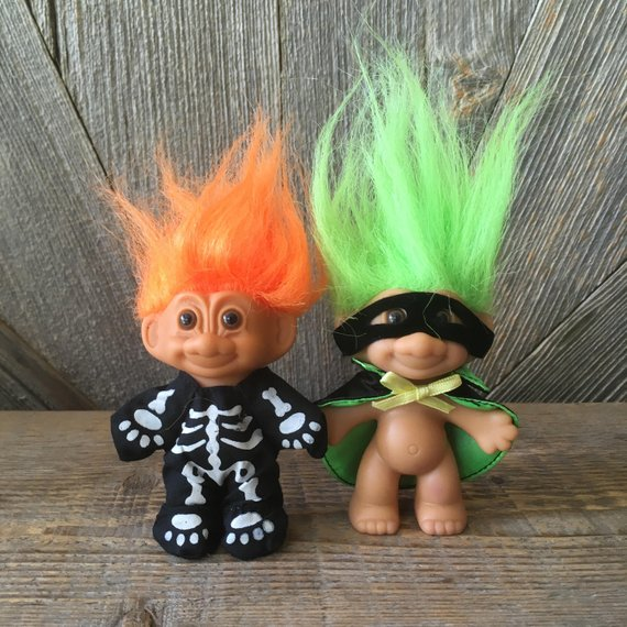 "HALLOWEEN SKELETON PIN NEW 2/"" Russ Troll  Doll"