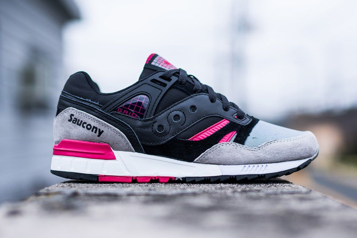 SAUCONY Shadow - Black Grey, choice & attitude. buy here:  http://www.choiceandattitude.com/index.php/en/menswear/shoes/saucony-shadow- black-grey-de…