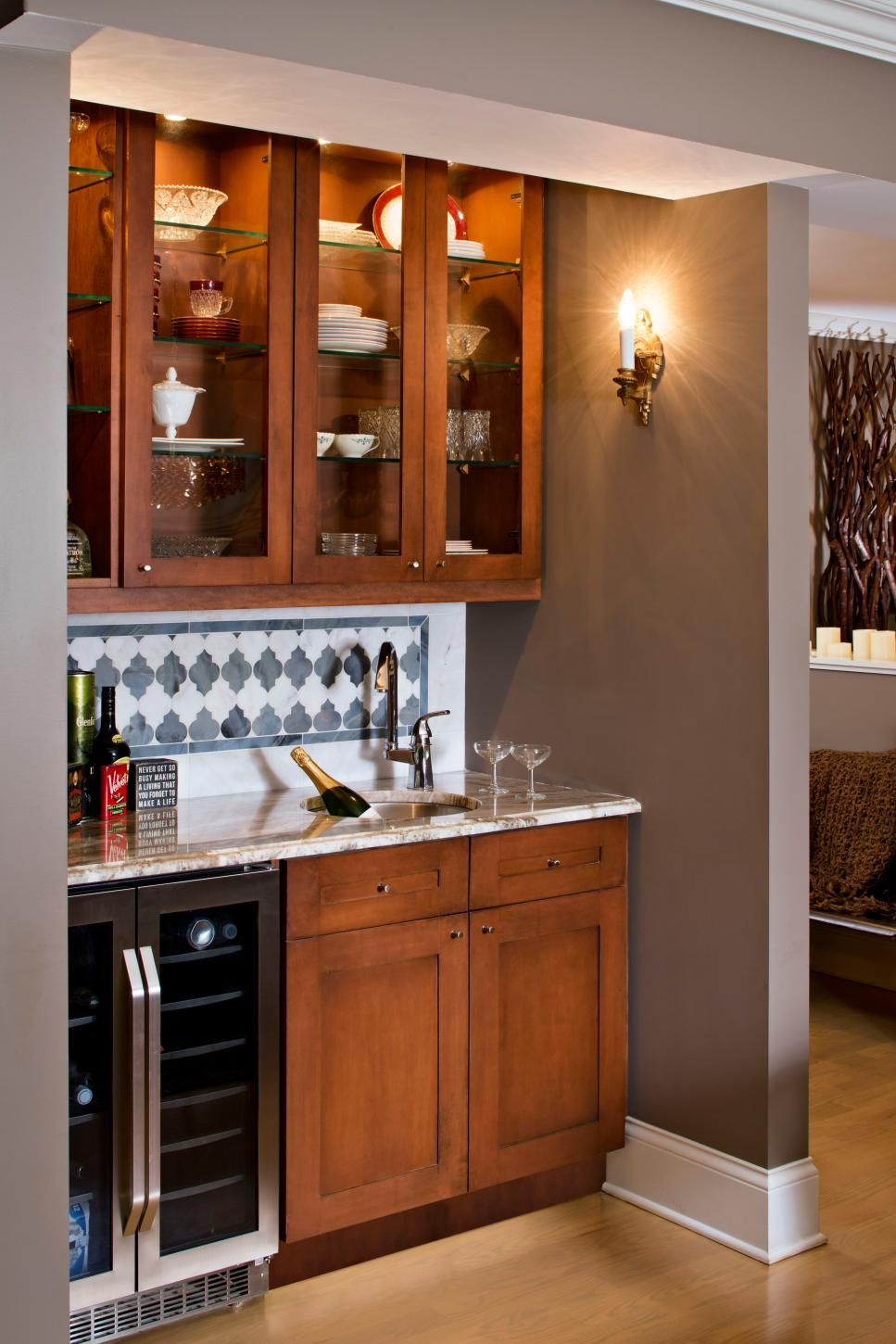 In A Corner Of The Dining Room Wet Bar Provides Ample Storage For Dishes