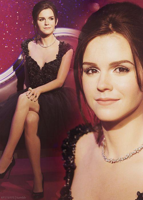 Madame Tussauds Reveals Emma Watson S New Wax Work Madame Tussauds Famous Celebrities Waxwork
