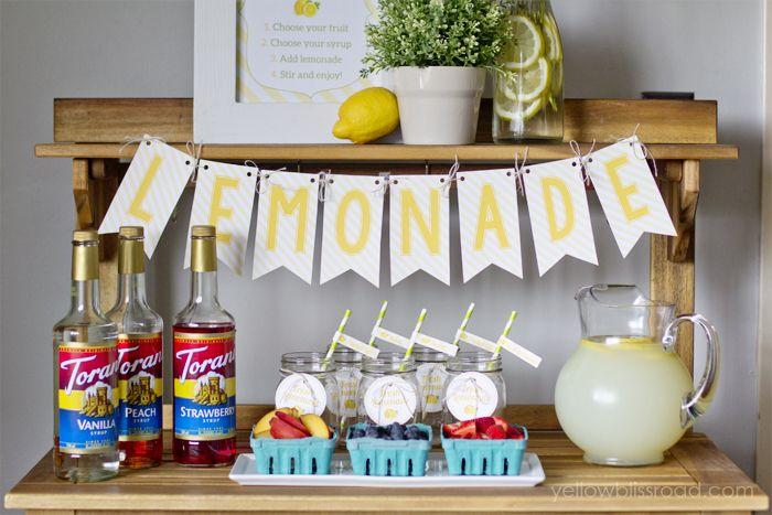 Flavored Lemonade Bar with Free Printables #flavoredlemonade