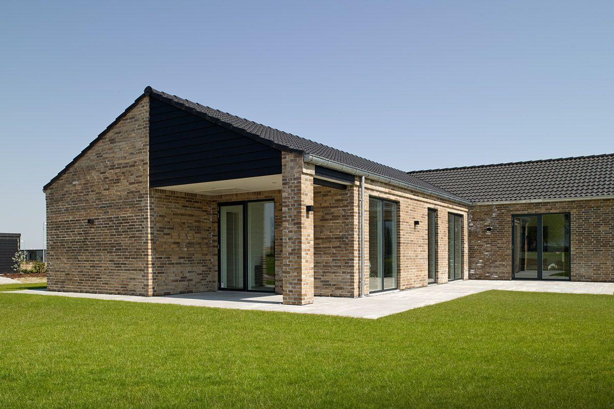 eurodan-hus med panoramavinduer og overdækket terrasse. | eurodan-huse. Facader | Pinterest