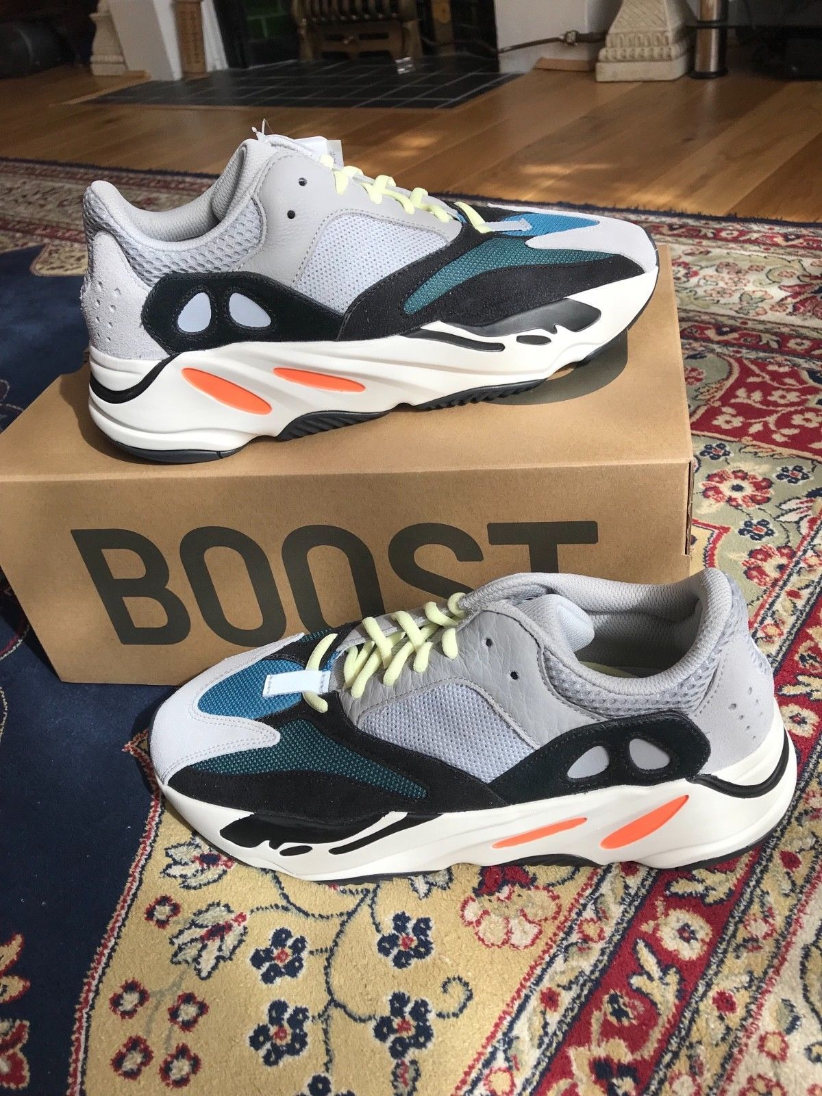 db4811572 100% Authentic Adidas Yeezy Boost 700 UK size 10