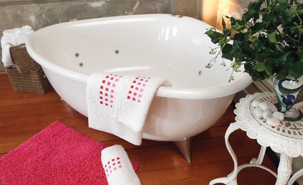 AQVA Cassie 1745 Freestanding Corner Spa Bath http://www.aqva.com.au ...