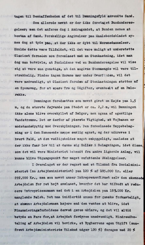 Side 3 af vurderingen af planen for en vejdæmning mellem Bogø og Farø. Vandbygningsvæsenets Direktorat i skrivelse af 1. juni 1944, side 3. Rigsarkivet. JH-002 Vandbygningsvæsenets 1. ingeniørkontor. 1921-1963. Sager vedr. vej- og jernbanebroer og vejdæmninger. Askø-Lilleø 1921. Ulvsund-broen 1963. Læg 230 Farø-Bogø. Klik ad et par gange på billedet af tekstsiden for at få den frem i næsten fuld størrelse.