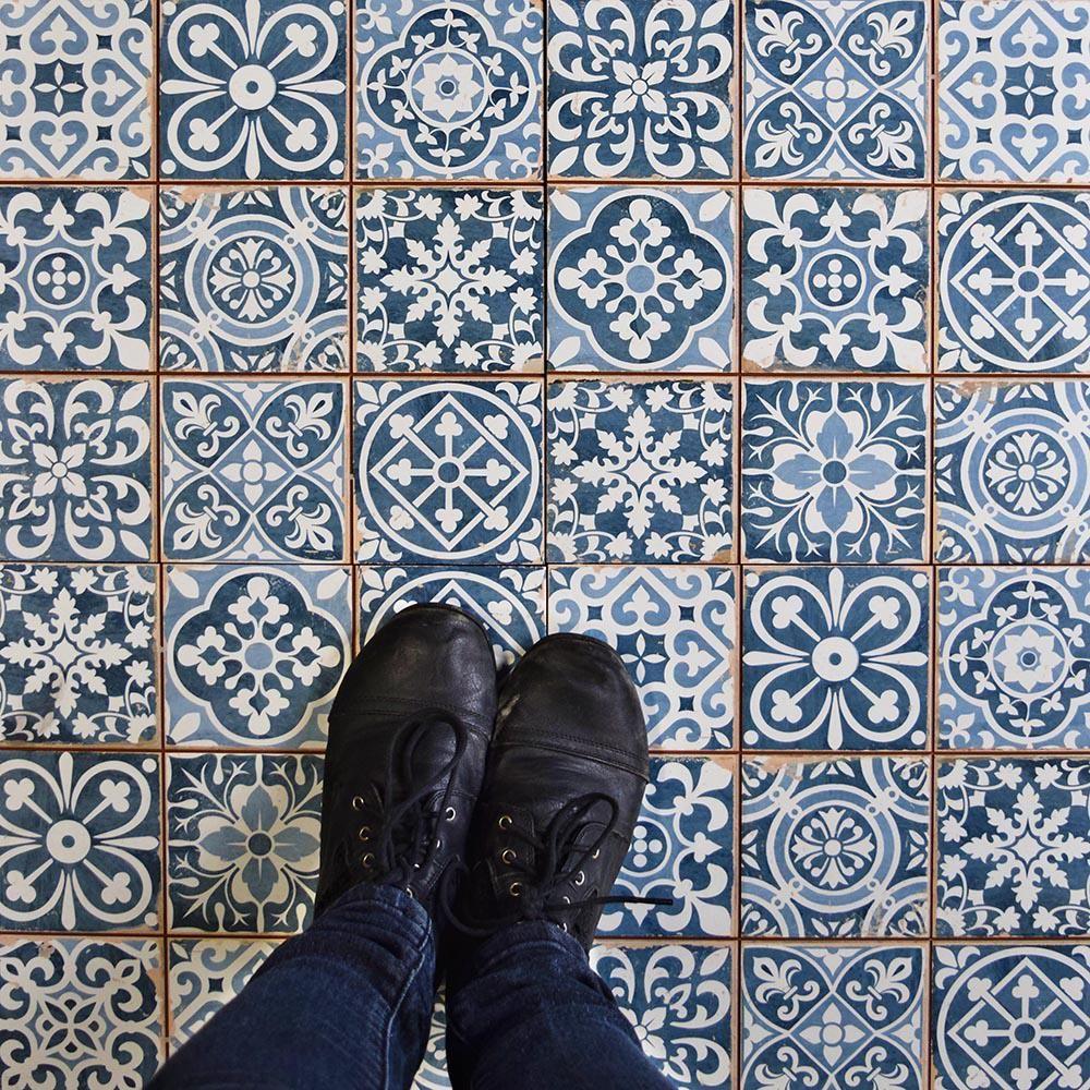 Merola Tile Faenza Azul 13 in. x 13 in. Ceramic Floor and Wall Tile ...