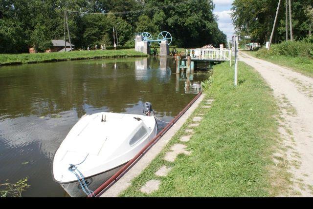 Www Jacht Market Com Pl Sprzedam Jacht Zaglowy Jacht Zaglowy Bez 2 Silnik I Zagle Pomorskie Jachty Lodzie Czartery Boat Vehicles