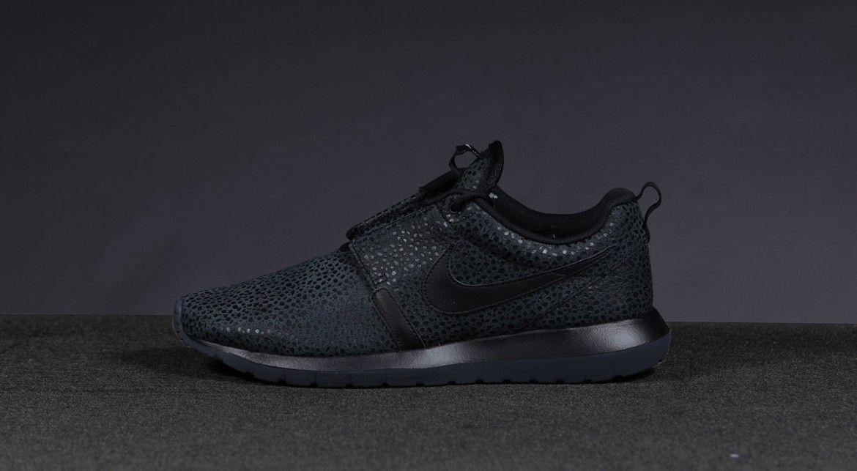 Tout Noir Nike Roshe Courir Flyknit À Vendre