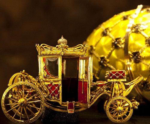 Dette er tro kopi avTsarinnens vogn som hun satt i på vei til og gifte seg med Tsaren.