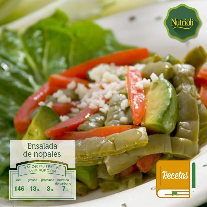 ¡Prepara una ensalada fresca y saludable para este verano!  Es muy fácil de hacer, además el nopal contiene fibra dietética, la cual ayuda a controlar los niveles de azúcar en la sangre y elimina el colesterol. Checa la receta aquí: http://bit.ly/1qHchFm