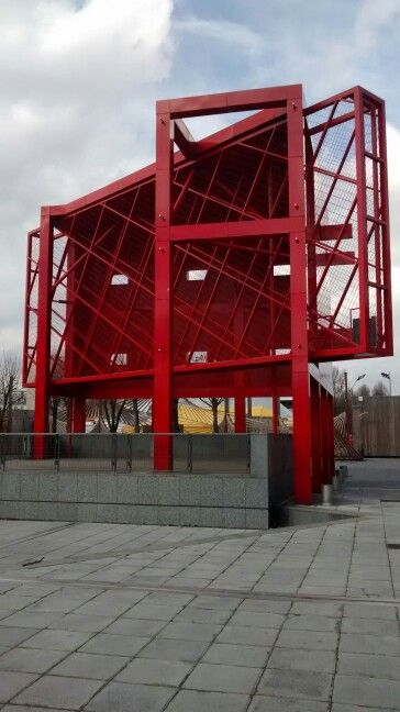 Bernard Tschumi. Red Folies. PARC DE LA VILLETTE, PARIS