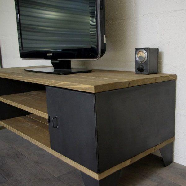 Meuble tv industriel avec rangement à portes anciens restaurés - Meuble Tv Avec Rangement