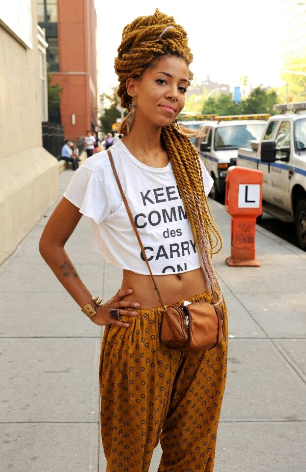 Long two-tone twist braids + cropped top + print pant + crossbody bag= blipster fashionista! Quirky black girl rocking it!
