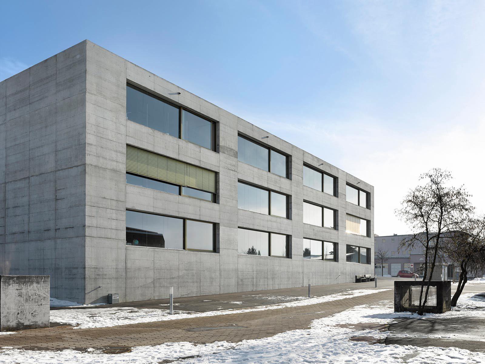 Morscher architekten orientierungsschule kerzers for Minimalismus architektur