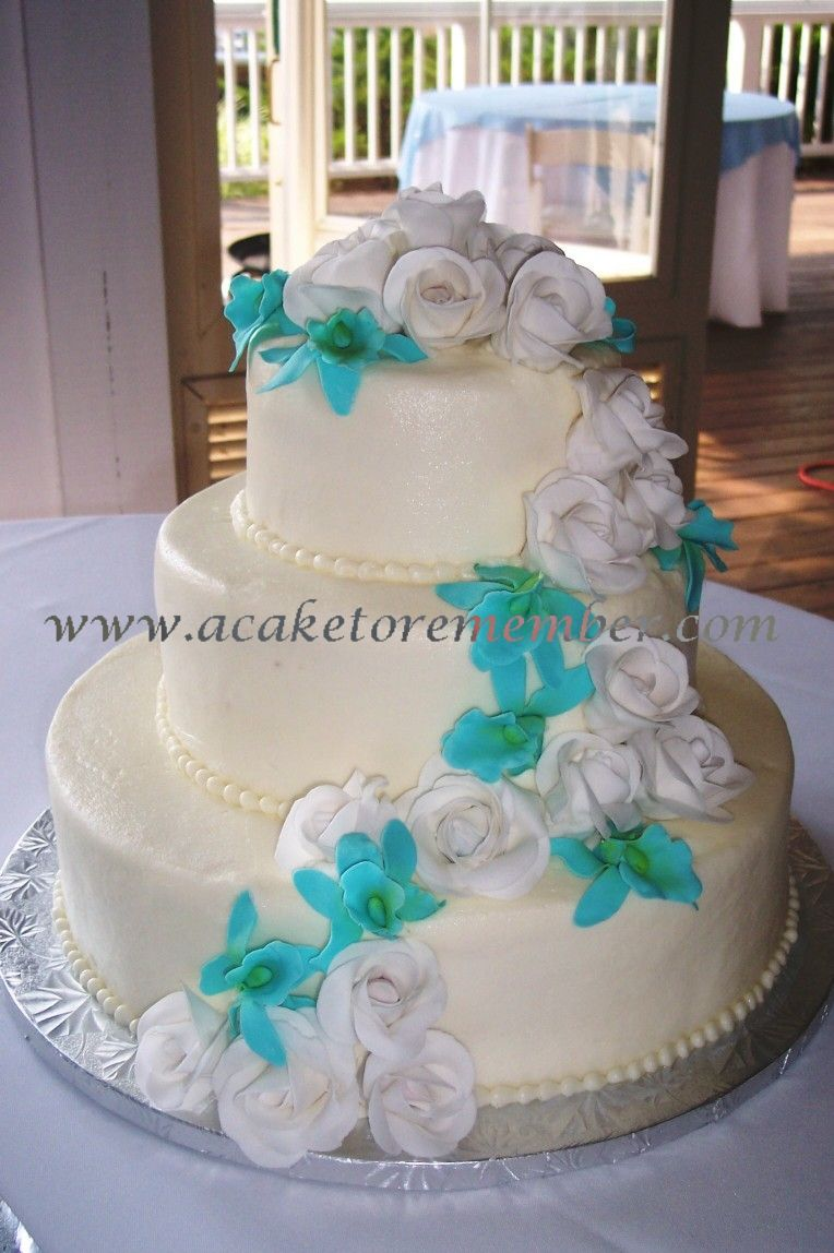 This is something ive been trying to picture in my head and it wedding cake 3 tier fondant white with beading with white blue flowers tiffany cake izmirmasajfo Images
