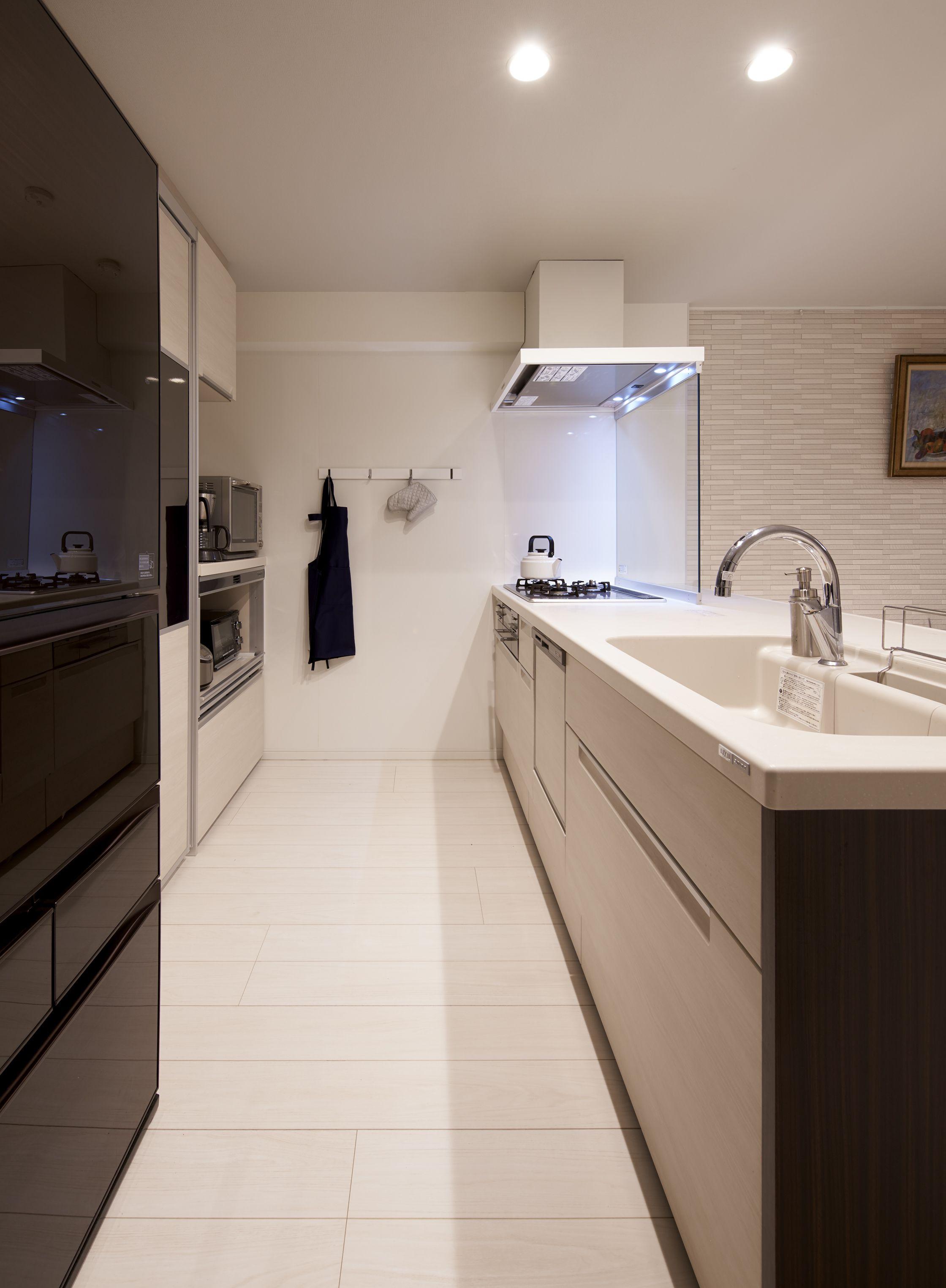 住み慣れたマンションをスケルトンリフォーム キッチンは対面式に