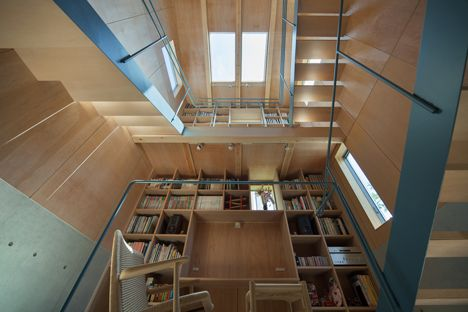 House in Nanakuma by MOVEDESIGN