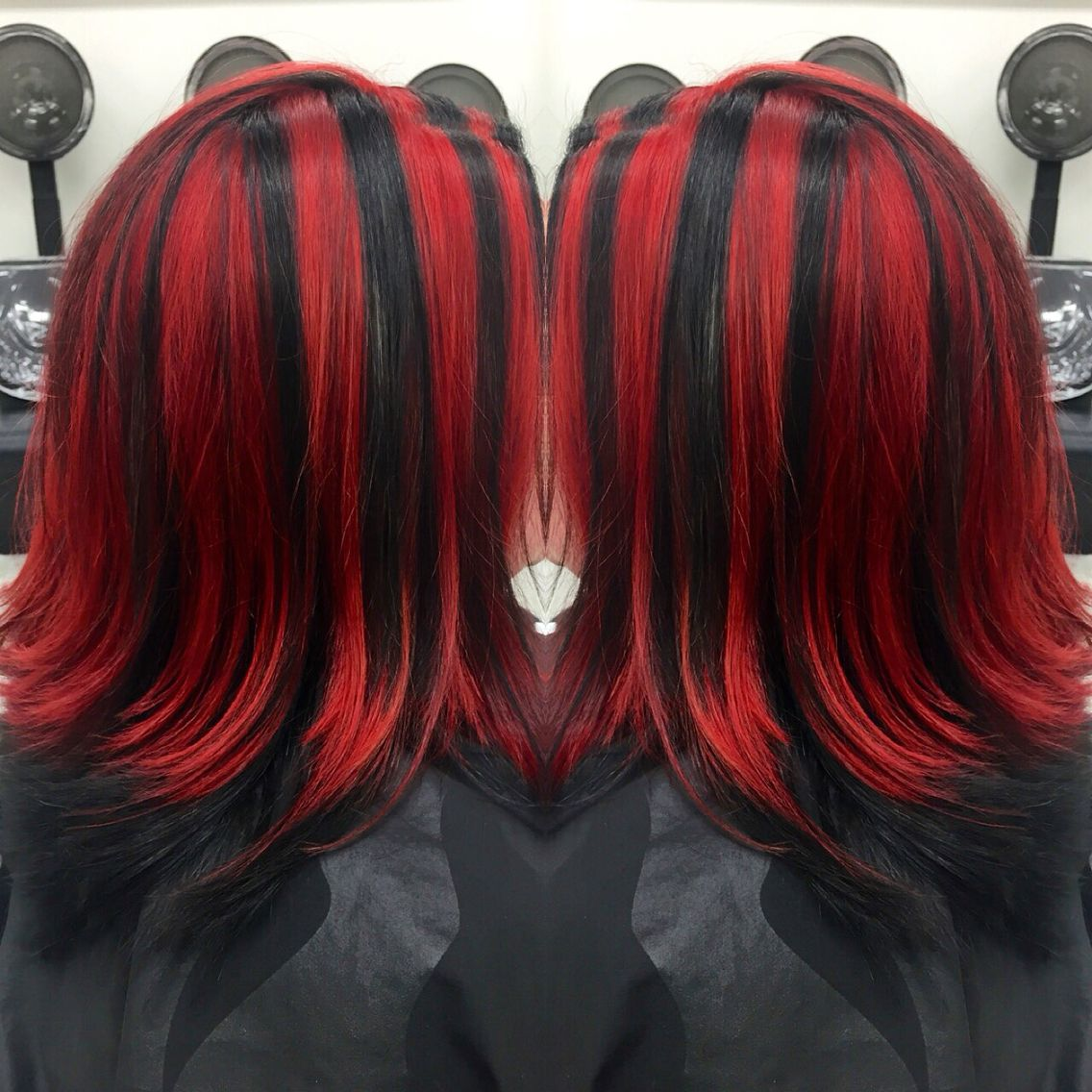 Red And Black Chunky Highlights Hair Highlights Hair Styles Red Ombre Hair
