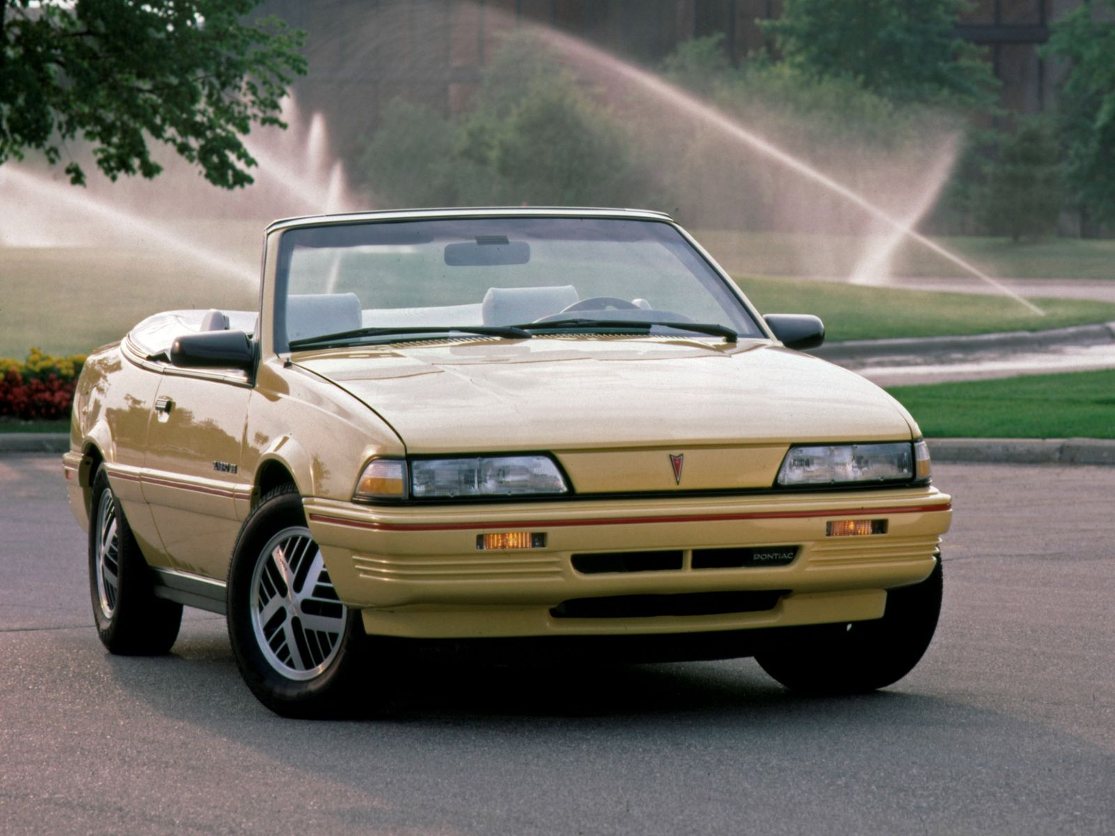 Pontiac sunbird convertible at http www windblox com windscreen winddeflector pontiacsundird pontiac sunbird windscreen pinterest convertible