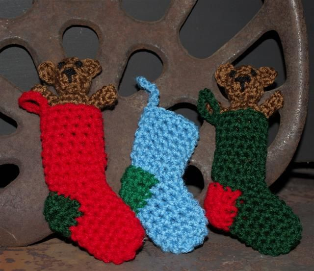 Crocheted Stockings - to make silverware holders for table. Use ...