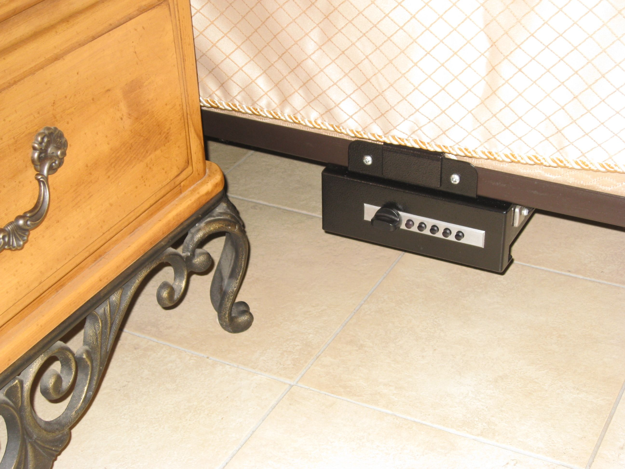 TITAN Gun Safe Pistol Vault under bed mount