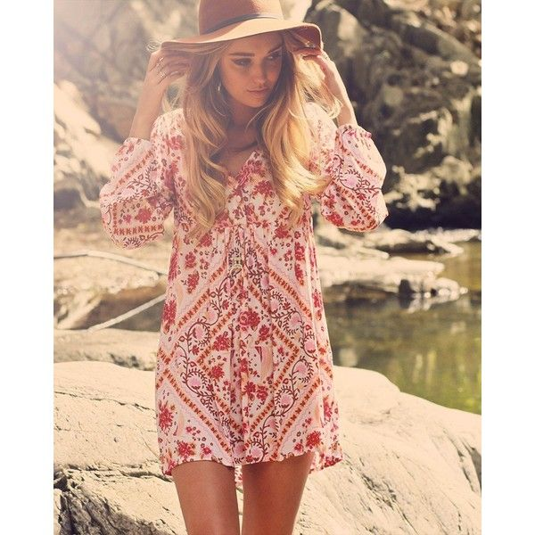 Demelza Dress (185 CAD) ❤ liked on Polyvore featuring dresses, red long sleeve dress, boho dresses, longsleeve dress, bohemian dresses and boho style dresses