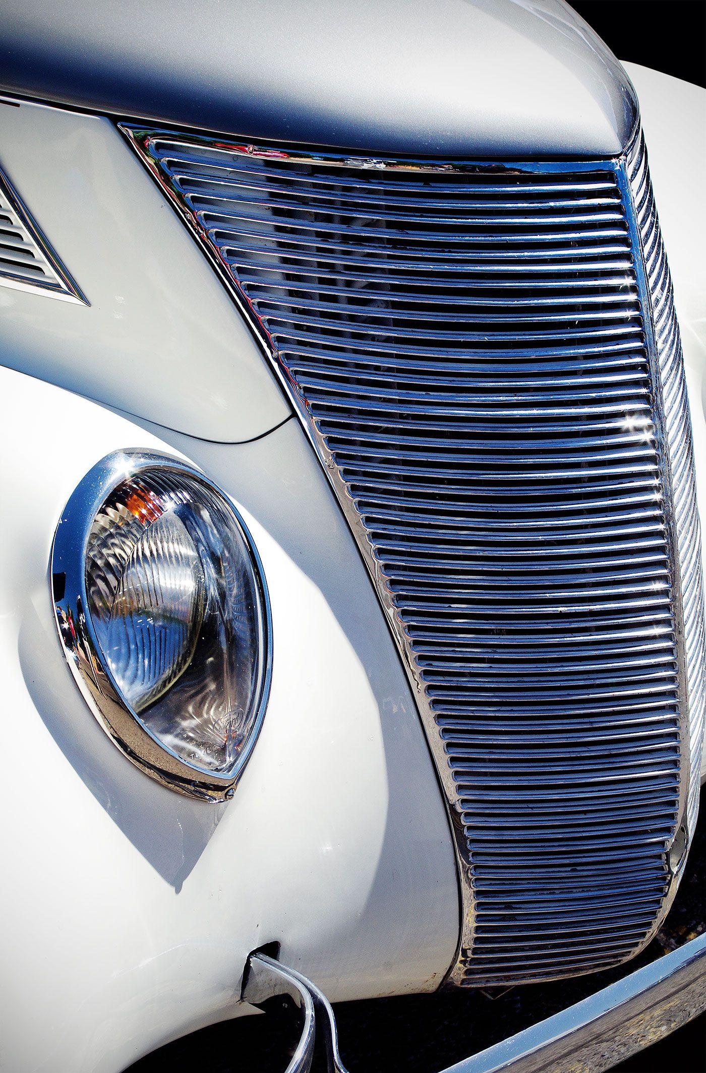 Albuquerque Museum Classic Car Show NMCCC White Classic Car - Car show albuquerque