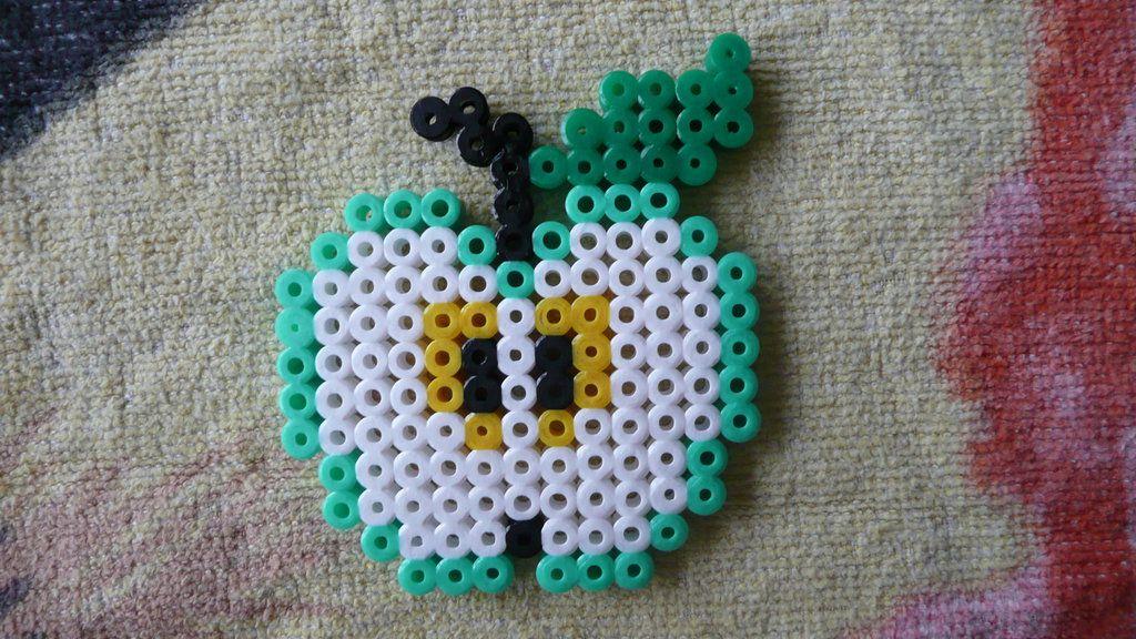 Green Apple Hama Beads by Sneeuwmaan on deviantART