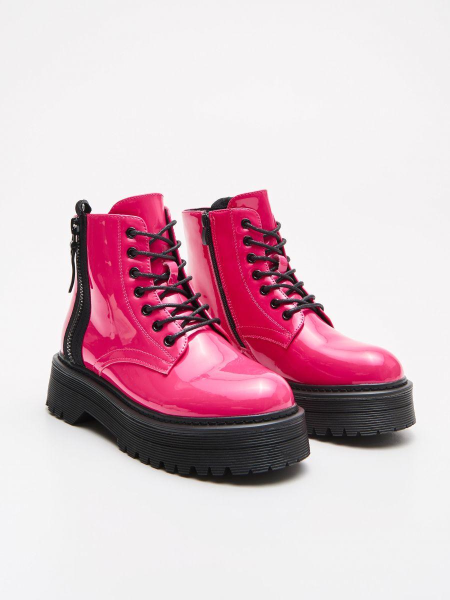 Winylowe Trapery Z Zamkiem Cropp Womens Boots Ankle Combat Boots Boots