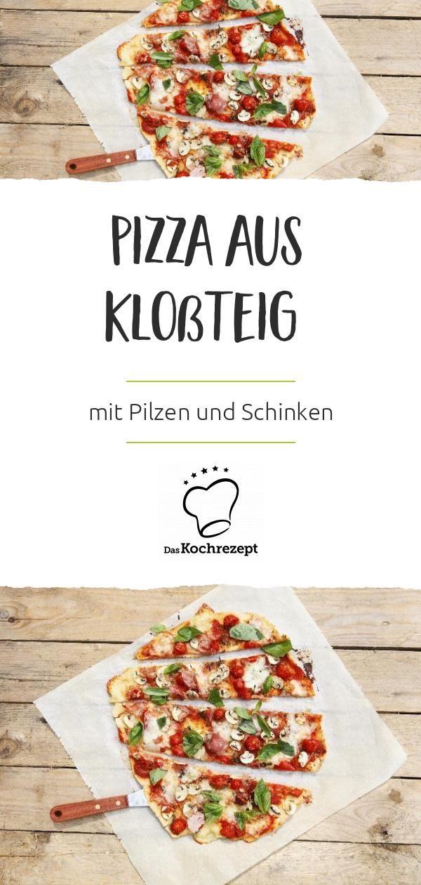 Pizza aus Kloßteig mit Pilzen und Schinken