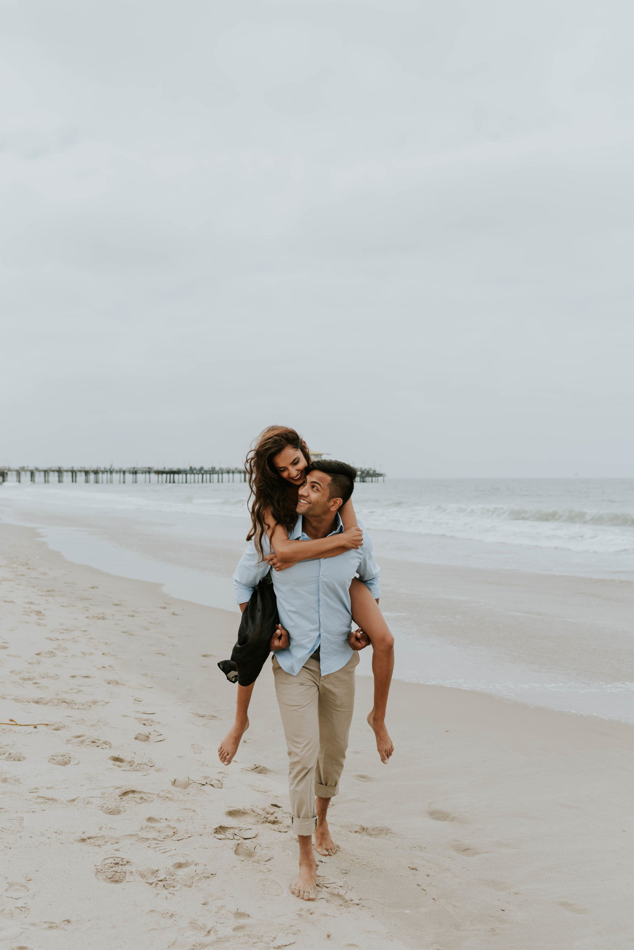 Neha + Amit – Santa Monica Beach Couples Shoot
