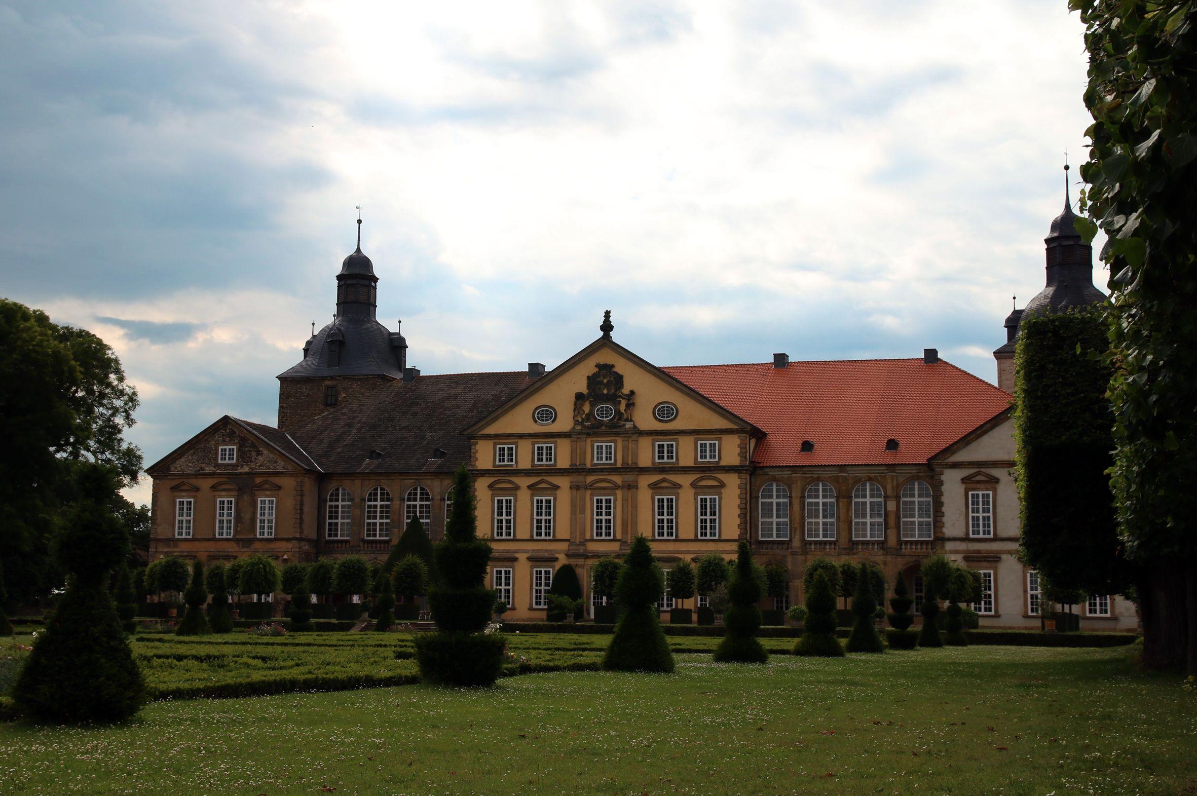 Schloss Hundisburg Fontal Schloss Haldensleben