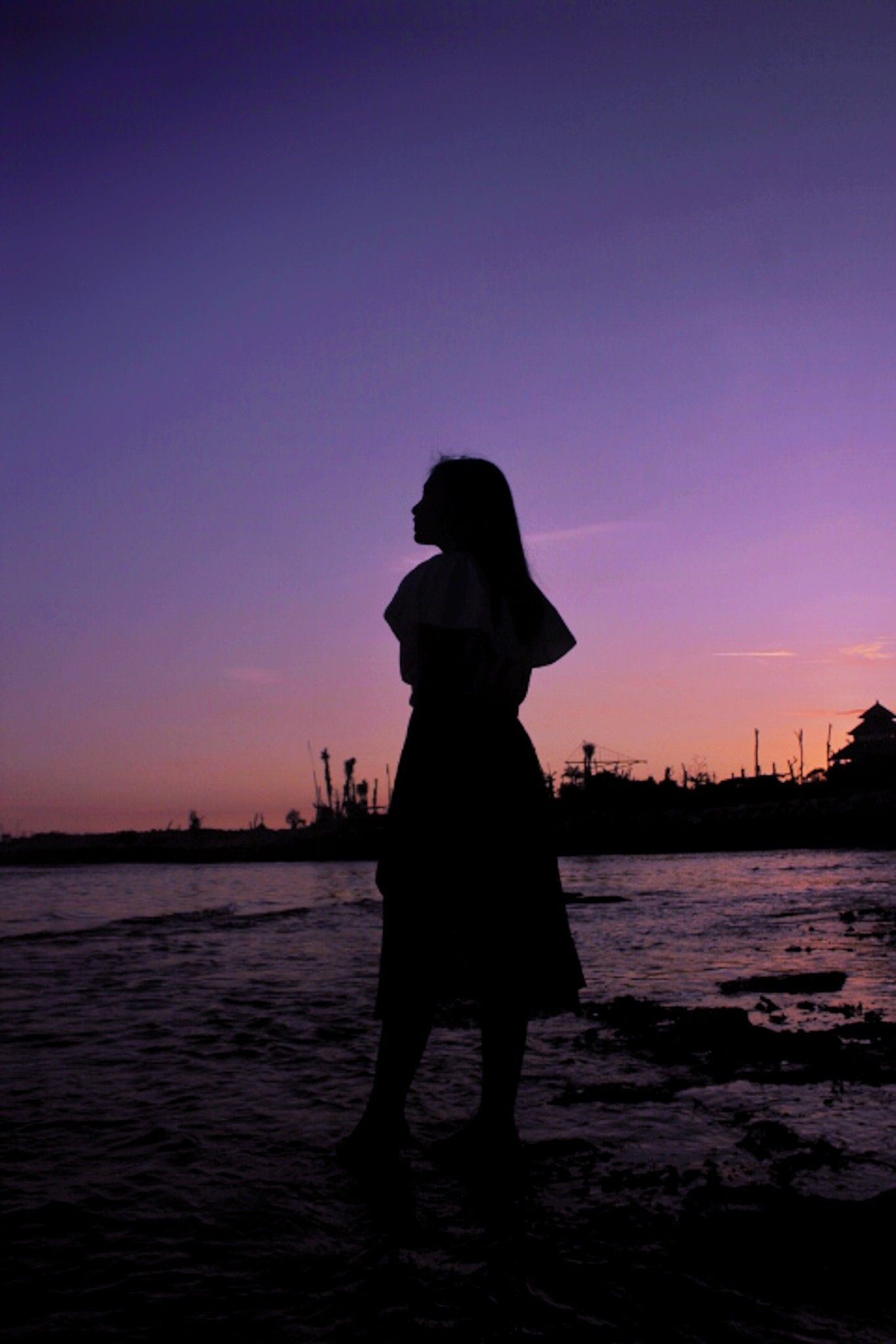 Perempuan diantara bayang. in 2020 Human silhouette