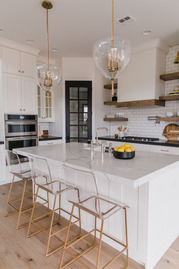 Villa Bonita Kitchen Details + ResourcesBECKI OWENS #kitchenmakeovers