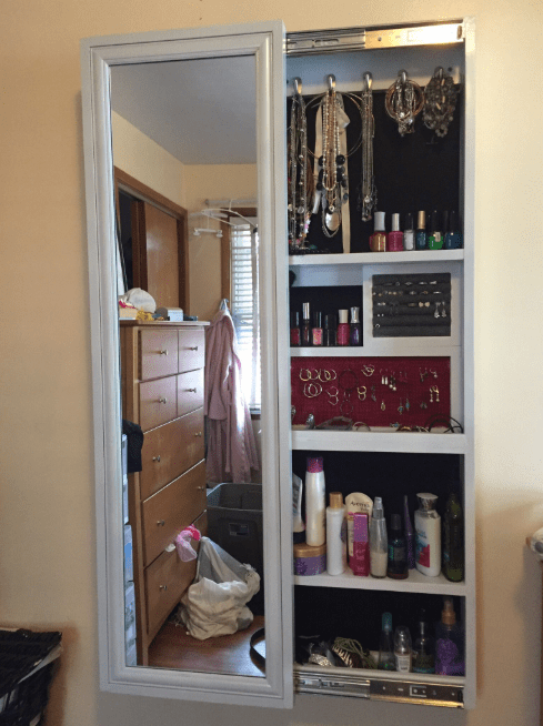 32 Diy Makeup Room Ideas With Design Inspiration Organizer Picture Makeup Storage Cabinet Jewelry Mirror Mirror Jewellery Cabinet