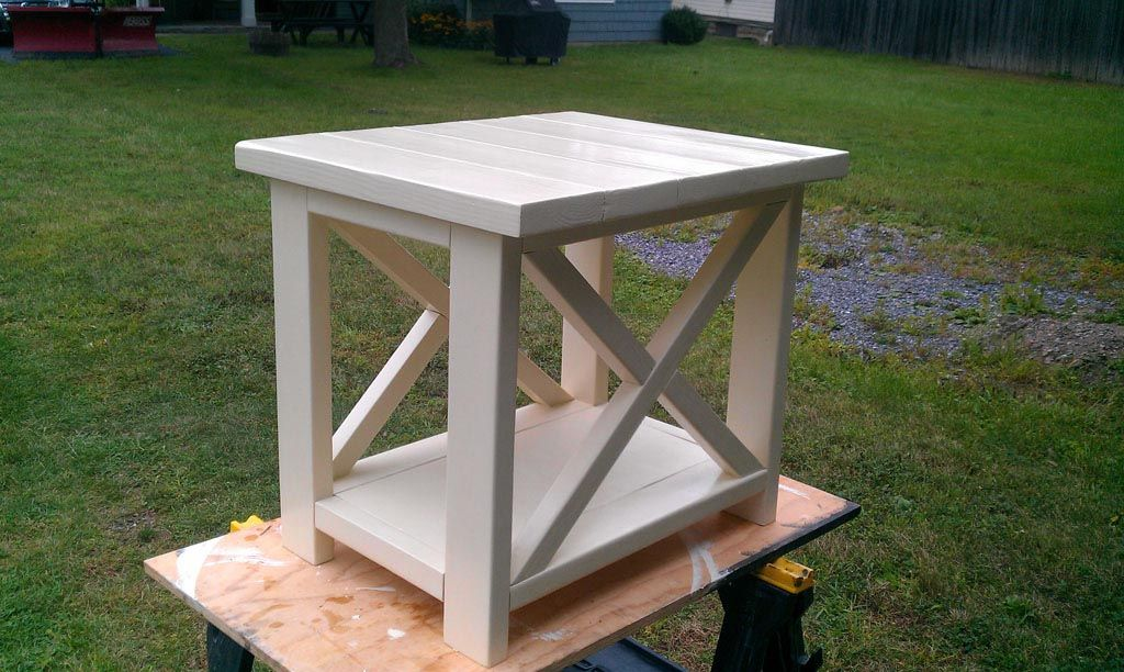 Ana White Rustic End Table