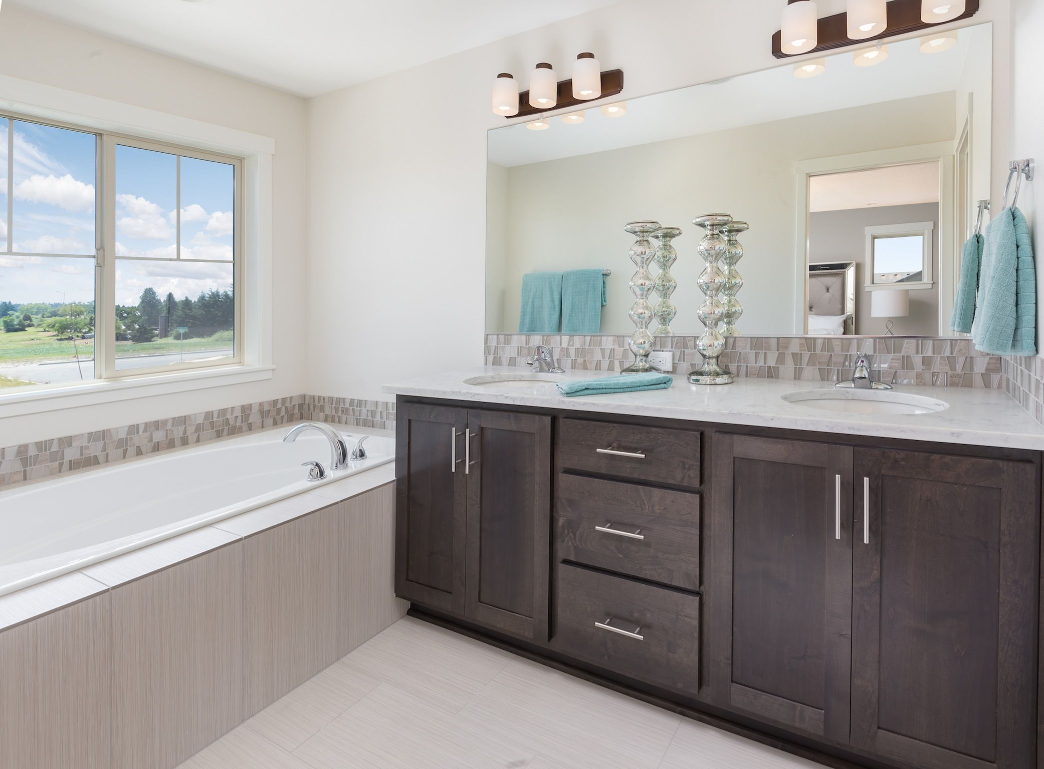 Model Home Bathroom discovery ridge model home - new tradition homes | discovery ridge