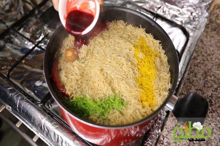 طريقة عمل مندي الدجاج بالفحم خطوة بخطوة بالصور وصفات طبخ وصفات دجاج فطور رمضان Food Rice Grains