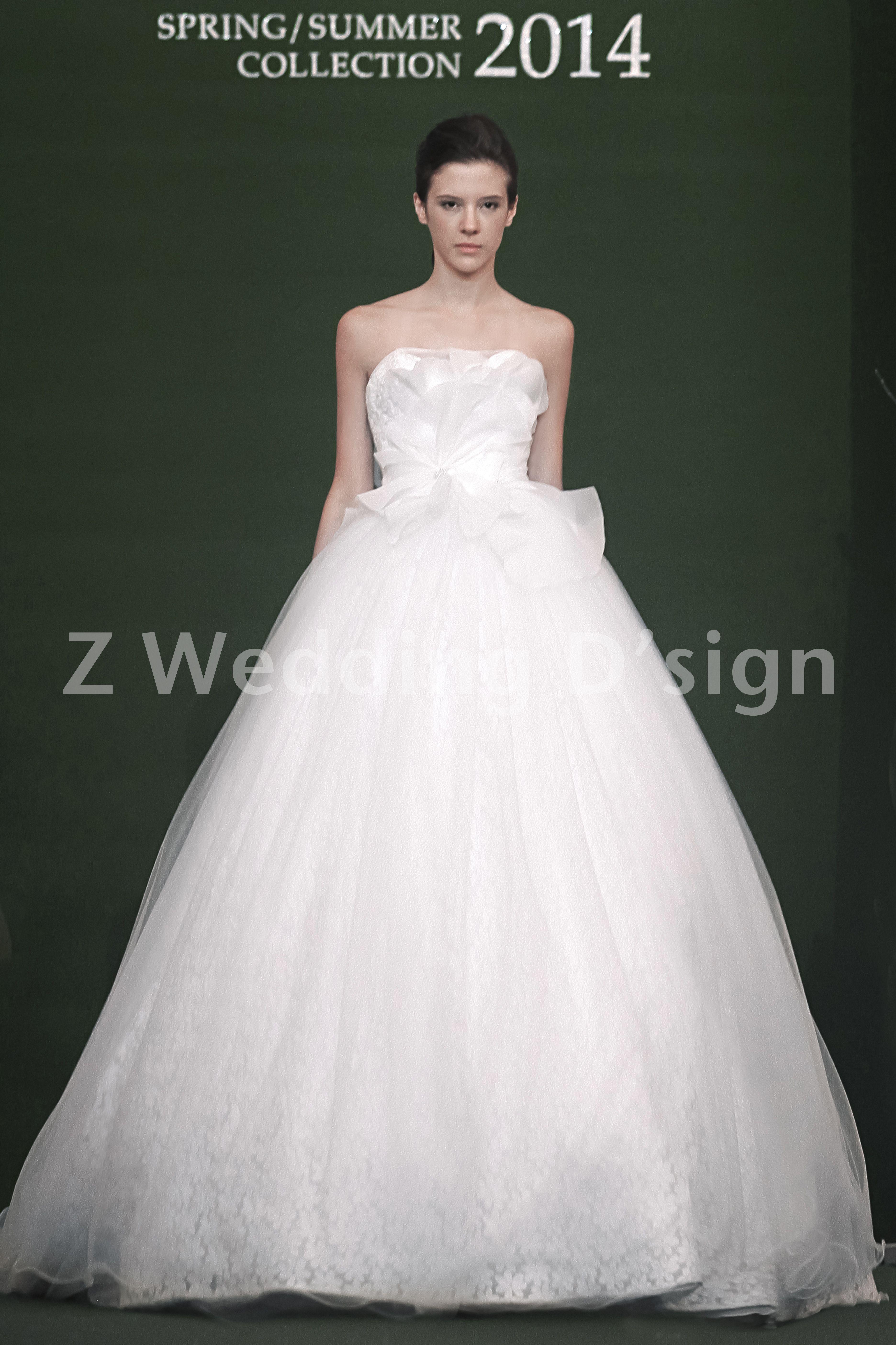 Jan 2014 - Z Wedding Bridal Runway #zwedding #bridalfashion #fashionrunway #runway #bridalrunway #fashionshow #bridalshowsg #bridalshow #bridalsg #weddingsg #wedding #chrisling #chrislingphotography #weddinggown #weddinggowns #gowns