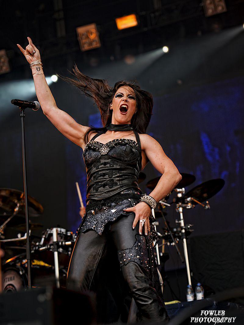 Floor jansen vocals revamp nightwish follow http for Floor nightwish